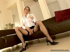 Secretary gets shagged something silly by her new boss