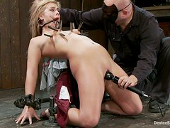 Tara Lynn Foxx gets arched and penetrated with toys