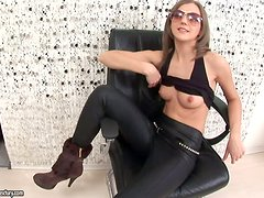 Cute Inna spreads her legs and toys her ass with glass dildo