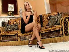 Sophie Moone plays with her nice pussy during her dinner break