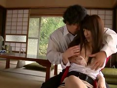 Japanese milf gets her snatch stunningly toyed indoors