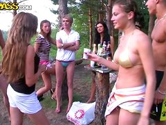 A Kinky Bunch Of College Students Have A Picnic & Group Sex