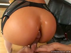 Hot Naomi Russell takes big fat cock in her tight ass