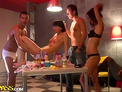 Kinky College Students In The Hunt For Group Sex Action