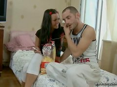 An afternoon full of sex for a teen couple