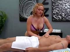 Nut sucking masseuse fucked