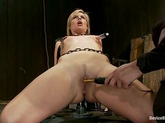 Tara Lynn Foxx nearly swoons while getting her pussy toyed in BDSM vid