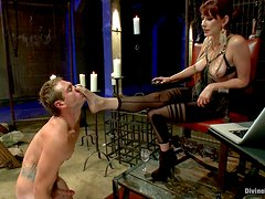 Redhead Mistress Shows Her Slave Feet Worshiping