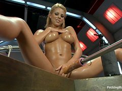 Hot Fucking Machines Scene With The Oiled Up Nicole Graves