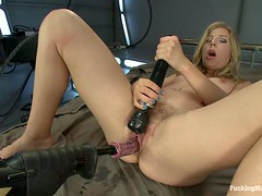 Fucking Machine Fun With The Gorgeous Chastity Lynn