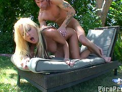Rough Sex In The Backyard With The Sexy Riley Evans