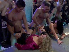 An Incredible Orgy With Sexy Babes In A Party