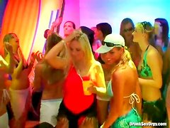 Bouncing boobs are sexy at a bikini party
