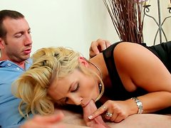 Well skilled whore Sarah Vandella serves her fucker at the highers level