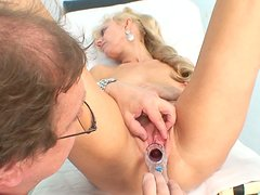 Voracious granny Anezka gets her punani drilled with syringe