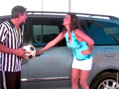 Soccer mom pounded in car