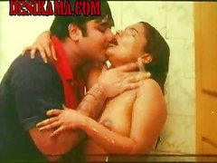 Kumtaz Mallu under shower