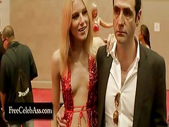 Dree Hemingway and Zoe Voss in  Starlet