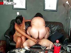 Guy gets his cock sucked in a group sex
