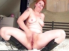 Horny busty mom is enjoying wanking