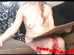 Girl fucking with baseball bat live on webcam