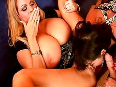 Lucky Husband Banging Two Babes In Cabo