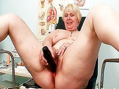 Chubby blonde mom hairy pussy exam