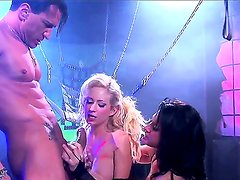 Pretty handsome blonde and brunette chicks Hillary Scott and Tory Lane getting