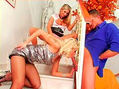 Horny blonde bitches give simultaneous blowjobs in threesome