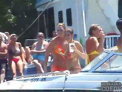 Drinking and dancing ladies on the boats