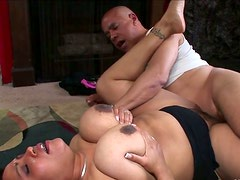 Nasty hairy pussy of luscious granny is pounded bad