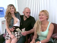 Horny moms go kinky in a repairing shop