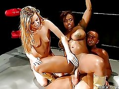 Cock Gets Bang With A Group On S...