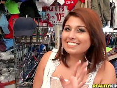 Goddess is a chubby Latina that knows how to ride