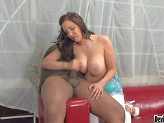 Cock loving brunette Kelly Divine with gigantic juicy knockers and