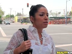 Monica Santhiago is a booty Latina and she sucks him in the car