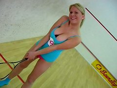 Pale but hot like fire tennis player Lilian gonna masturbate for orgasm