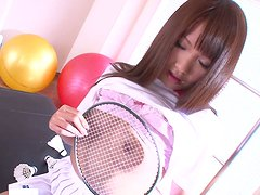 Horny tennis player Suzu Minamoto masturbates with her favorite toys