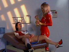 Rapacious BDSM fan Aradia use some sex devices to please horny slim lesbo
