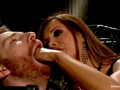 Dominant Slut Francesca Le Doing Everything with Submissive Guy