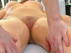 Courtney Cummz gets her mouth fucked