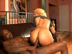 Ebony booty blondie Destiny Dream gets absorbed with riding a black dick