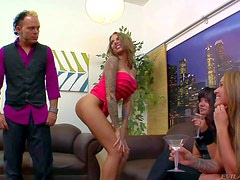 Three nasty and hot ass babes Annie Cruz, Juelz Ventura