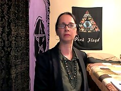 aged wiccan roleplays as sex therapist and fucks her holes