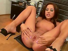 Girls like Anita Pearl cant live without masturbation. Look at this babe with great
