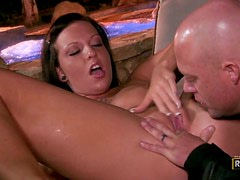 Aria Aspen gets her snatch eaten and fucked doggy style outdoors