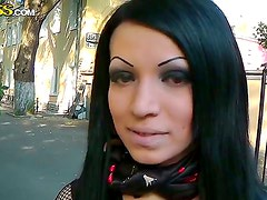 Gothic brunette Zuza enjoys a huge hard pole penetrate