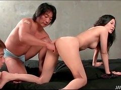 Squirting Japanese pussy from fingering