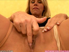 Nikki Charm gets facialed after giving a stunning blowjob