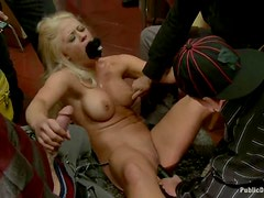Blondie with huge tits is getting fucked int he shopping mall